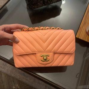 Chanel new mini chevron bag